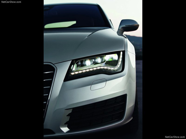 Audi-A7_Sportback_2011_800x600_wallpaper_43.jpg